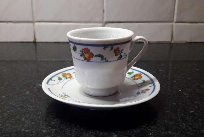 Juego Pocillos Café Y Platos. Porcelana 0
