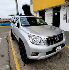 PRADO LAND CRUISER  TXL FULL V6 2012