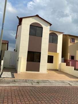 Alquiler de casa en VILLA CLUB