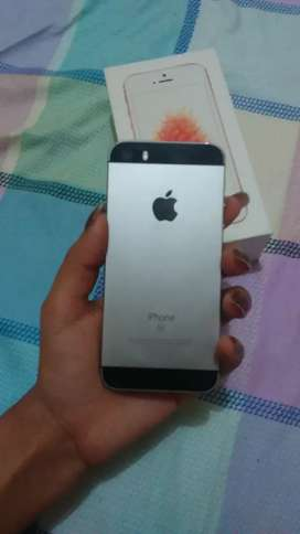 Iphone SE  75