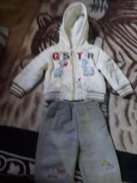 ropa de bebeb conjunto muy abrigador talle 3