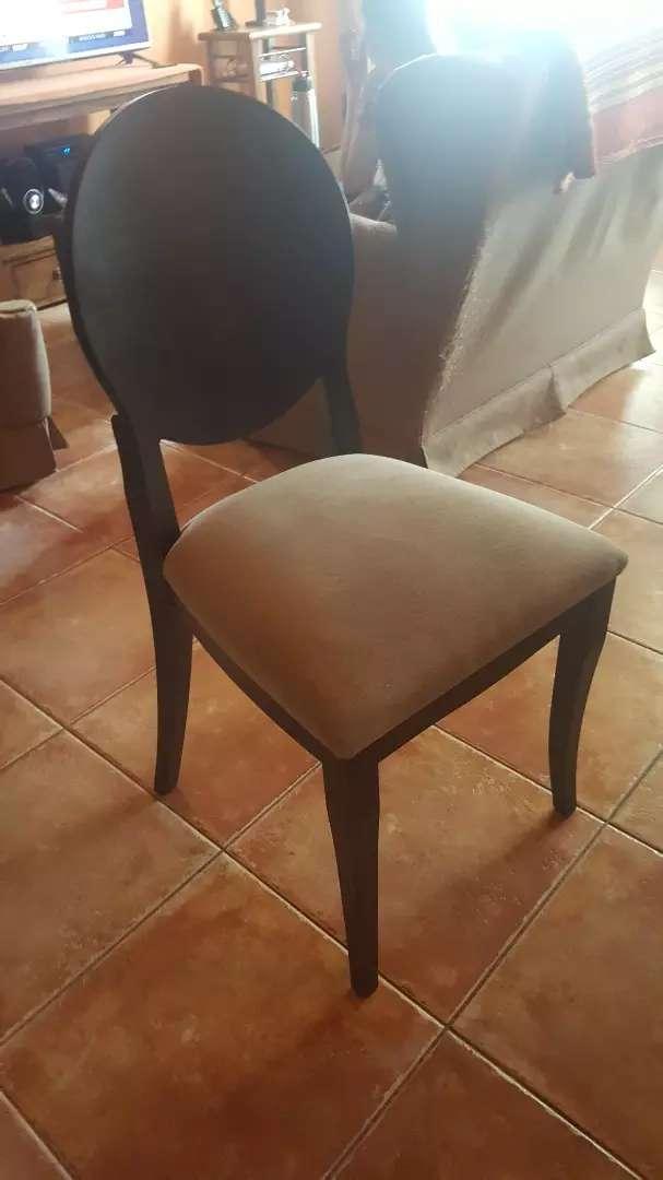 Vendo 6 sillas de  madera y tela (sin uso) 0