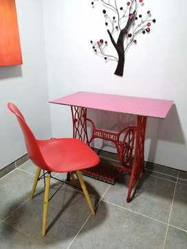 Escritorio de diseñador + silla