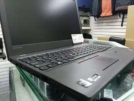 """Portátil THINKPAD T540p INTEL i5 4210 4gb RAM 120gb SSD pantalla 15,6"""""""