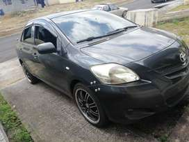 Vendo toyota yaris 2008,  trasmisión manual  Estado