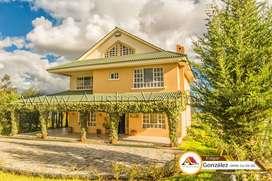 Casas con terrenos en venta Cuenca