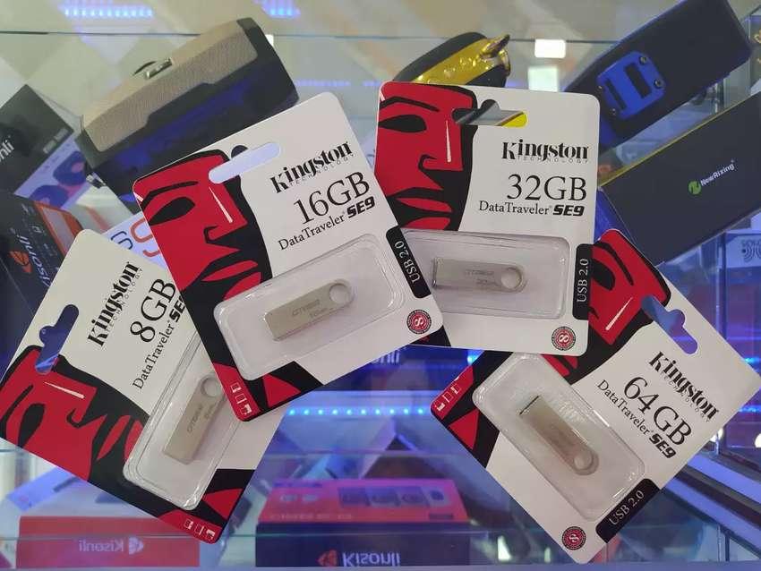 Memoria USB Marca Kingston de 16 GB