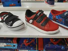 HERMOSOS ZAPATOS SPIDERMAN