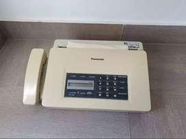 Fax y teléfono Panasonic Ufv60