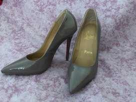Zapatos Marca Christian Louboutin