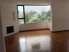 H/ Carolina. Se arrienda departamento de 123 m² en estupenda zona de la ciudad.