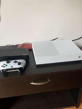 Xbox one s all digital 1 Tb + control