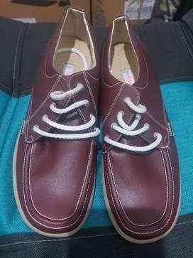 Zapatos rojos para colegio