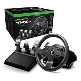 Volante de carreras para PC/Xbox one1200 Thrustmaster TMX PRO con su base de montaje para instalación (Como nuevo)