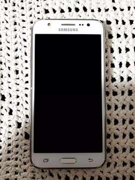 Remato Samsung J5 en perfecto estado