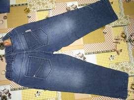 Vendo jean usado niña