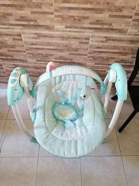 Se vende artículos para bebe en excelente estado