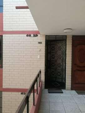 Venta Departamento 4to piso 94m2 duplex San Miguel zona residencial buena ubicación