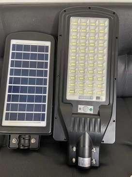 Lámpara solar 120wtodo en uno lista para instalar