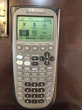 Calculadora grafica Texas TI-89 Titanium