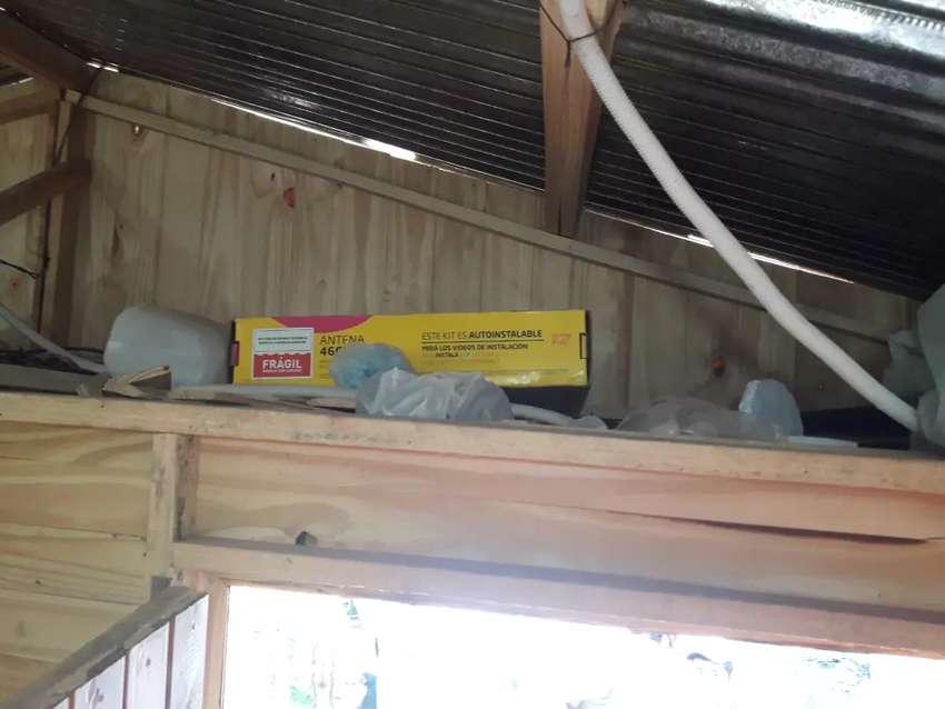 Vendo terreno y casilla con baño agua y luz colectivo ah una cuadra barrio ampliación 115 viviendas  lugar san Andrés 0