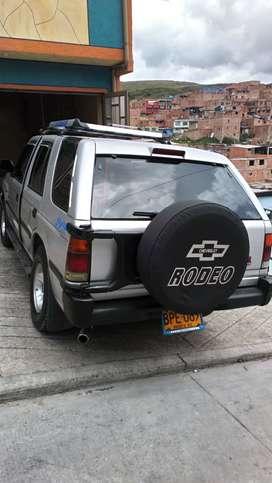 Camioneta Chevrolet RODEO 2002
