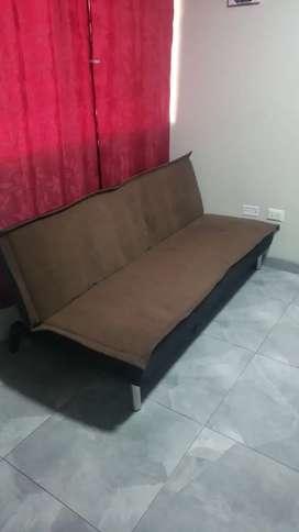 Sillón cama buen estado color marrón