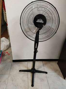 Se vende ventilador, nuevo excelente estado y equipo de sonido.