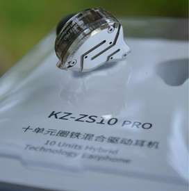 KZ ZS 10 Pro (10 Drivers)