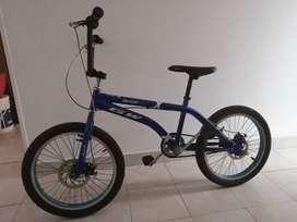 Vendo bicicleta Gw lancer