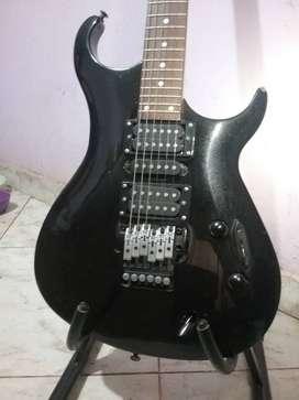 guitarra electrica con mi roafinación