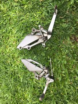 Pedaleras ninja 300 originales reparadas freno y cambios