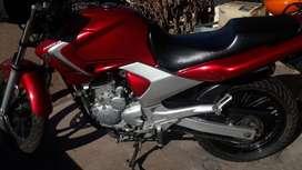 Yamaha ybr 250 inyeccion.año 2008.km 38000 reales