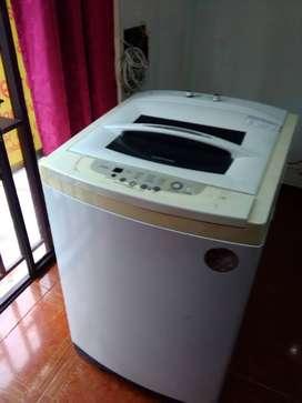 Lavadora de 25 lbs con mantenimiento hecho y garantía de 3 meses