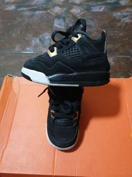 Jordan negras talla 21