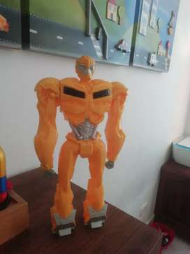 Muñecos transformers