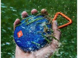 JBL Clip 2 Waterproof Bluetooth Speaker Azul