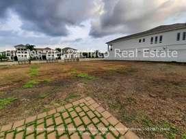 VENTA Terreno en Urbanización Lagos del Batan Samborondon 945 m²