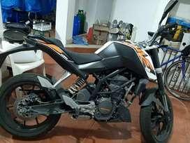 Moto duke KTM 200
