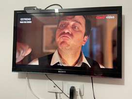 "Tv SONY 32"" LCD pantalla cristal liquida."