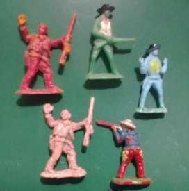 Soldados Far west.