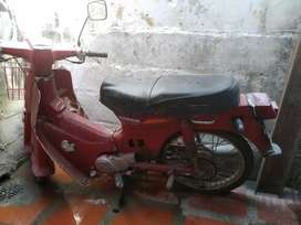 Vendo moto Honda C90 para repuesto se escucha oferta