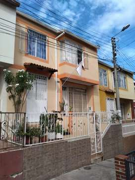 Vendo casa en el barrio bariloche 2