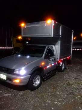 Vendo camioneta luv 2300 en muy buenas condiciones sistema de bloqueo con satelital cámara