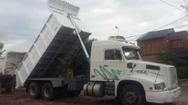 Camión Volvo Volcador Balancin 320hp Retroexcavadora Terex