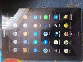 Oferta tablet samsun sm-p585m