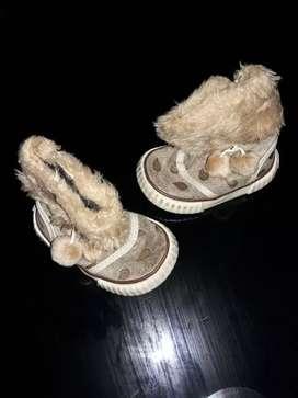 Botitas zapatos bebé talle 16