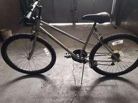 Bicicleta mountain bike rodado 26 con cambios