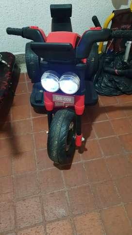 Vendo moto eléctrica para niños