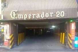 Alquilo amplia cochera calle Buenos Aires ciudad Mendoza